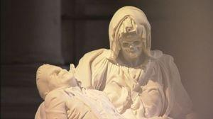 Pieta (Jan Fabre)